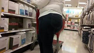 Gilf Pawg In Jeans