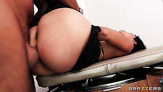 Dana Vespoli Has A Great Desire For Booty Pounding And Keiran Lee Knows It Before Cock Sucking