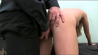 Casting Blonde Amateur Fucks In Casting