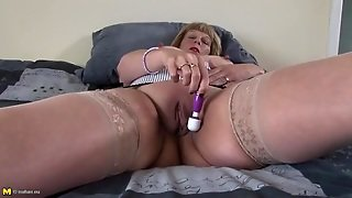 Mature Stockings, Mature Vibrator, Mature Pussy Hd, Shaved Stockings, Delights, Pussy Shaved, Vibrator In Her Pussy, Mature With Toys