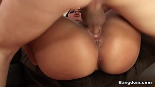 Gianna Nicole In Gianna Nicole Bounces On The Flesh Pole Video