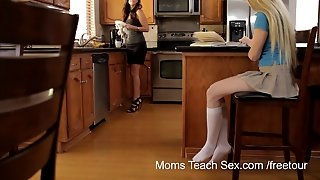 Moms Teach Sex - Mom Turns Study Time Into Fuck Time