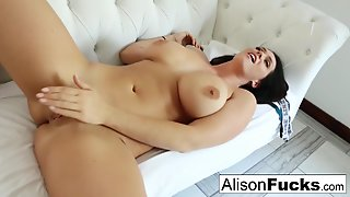 Alison Tyler In Solo With Stacked Alison Tyler - Alisontyler