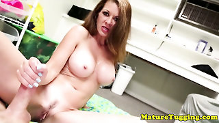 Bigboob Mature Wanking Dick Roughly