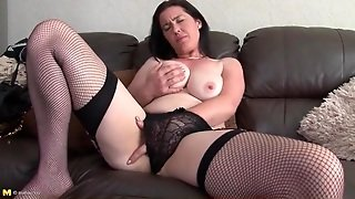 Curvy Mom Cutie In Fishnets Masturbates Solo