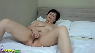 Old Mature Woman And Young Horny Girl