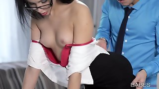 Gorgeous Secretary Sucks His Dick And Gets Fucked By The Boss