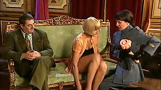 French Anal Matures & Cougars Fisted