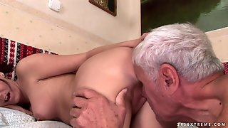 Slim Teen Dia Gets Her Pussy Used By An Old Man