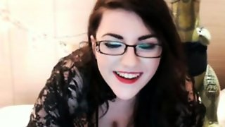 Pale Skin Chick Webcam 2