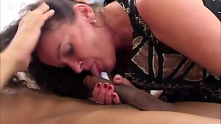Milf In Interracial Mmf Threesome