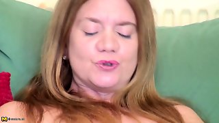Mature Busty Mother With Thirsty Vagina