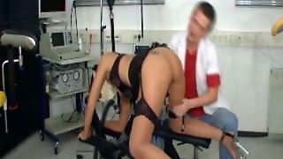 Medical Porn With Pussy Stretching!