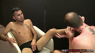 Erik Loves To Lick And Suck Robbys Feet