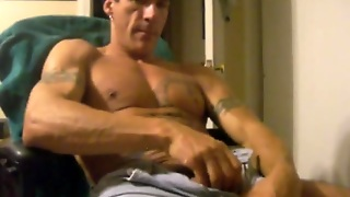 Str8 Muscle Daddy Stroke On Chair