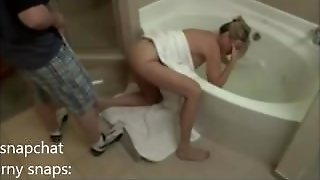 Jodi West Gets Her Hand Stuck In Bath Plug Her And Needs Help