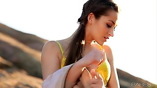 Sexy Babe Dani Daniels Fingers Her Pussy In The Mountains