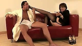 Lady Sonia Foot Worshipped