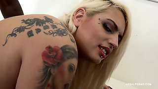 Interracial Sex With Tattooed Blonde