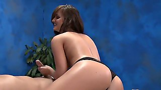 Mg 18 Lily Carter
