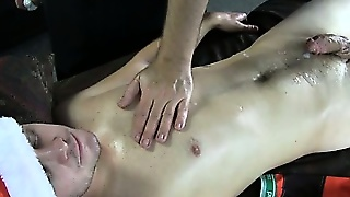 Straight Amateur Cums At Massage