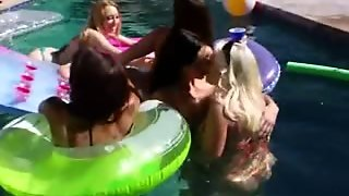 Perfect Group Anal Coitus Outdoors
