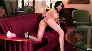 Solo Aiden Ashley Masturbates In Stockings
