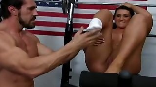Goddess Corina Jayden And A Muscle Dude Have Sex In The Gym