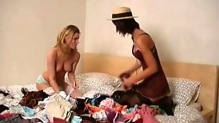 2 Teens Sharing Clothes