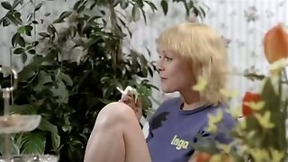 Skinny White Chick Got Her Pussy Banged Really Nice And Hard