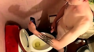Emo Boy Pissing His Pants Sexy Black Men Barefoot This Is Wh
