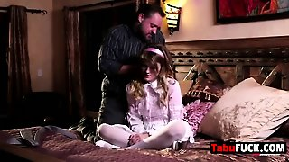 Scarlett Fever Sucks Alec Knight's Big Cock And Gets Fucked