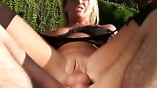 Mature, Shaved Pussy, Blondies, Pussy Fucking, Cocksucker, Outdoor