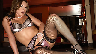 Lust With Flower Tucci