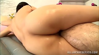 Delightful Asian With Natural Gives Giving Oily Massage That Includes Hand Job