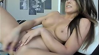 Hot Wife Is So Horny Alone