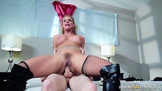 """Skinny Young Man And Big Bbw Slut At Brazzers """"anal Queen Escort"""