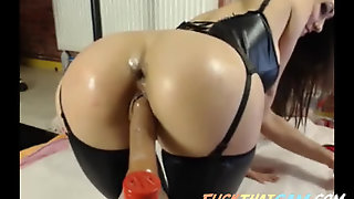 Big Round Butt Model Double Hole Toy Fuck