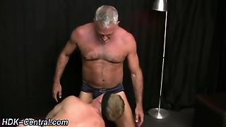 Mature Bear Raw Dogs Ass