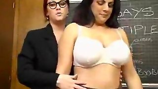 Large Ladies With Big Tits Lick Pussy - Pornhub.co