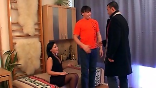 Blazing Mmf Threesome Action With Immaculate Housewife