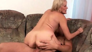 Shoot Your Load On Mom\'s Face
