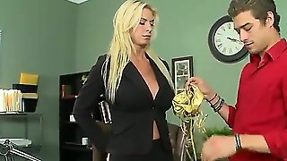 The Fantastic Blonde Pornstar Brookemakes The Perfect Blowjob To Her Friend Xander Corvus