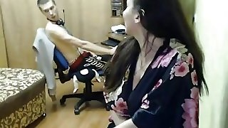 Girl Masturbating While Playing Dota