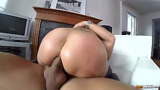 Horny Brunette Hoe Anna Polina Rides Dude's Dong Like Mad