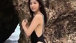 Japanese Babe At The Beach Softcore