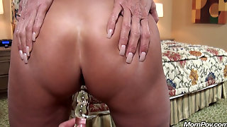 Newbie, Semen, View, Milf, Mommy, Load, Older, Cum, Made, Hd, Mother