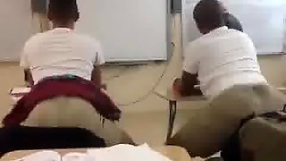 College Students Twerking In Class