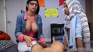 Arab Pussy Masturbation Bj Lessons With Mia Khalifa