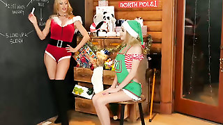 Mrs Santa Makes Sex Toys Dildos For Teens Wet Pussy